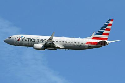 American Airlines Boeing 737-823 WL N982NN (msn 31231) DCA (Brian McDonough). Image: 936665.