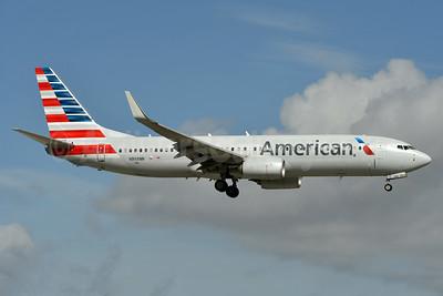 American Airlines Boeing 737-823 WL N998NN (msn 31250) MIA (Ken Petersen). Image: 936616.