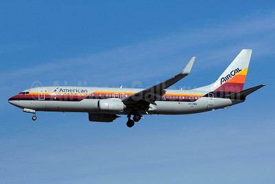 American Airlines-AirCal Boeing 737-823 WL N917NN (msn 29572) (AirCal colors) YYZ (TMK Photography). Image: 933155.