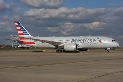 American Airlines Boeing 787-8 Dreamliner N810AN (msn 40628) LHR. Image: 937424.