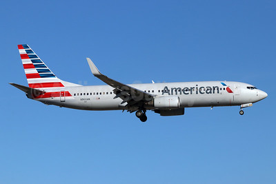 American Airlines Boeing 737-823 WL N960AN (msn 29542) SNA (Michael B. Ing). Image: 946425.