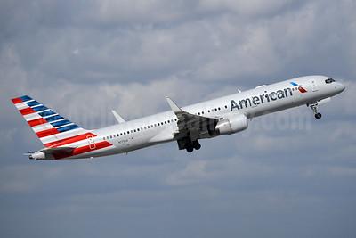American Airlines Boeing 757-223 WL N179AA (msn 32397) MIA (Bruce Drum). Image: 104365.