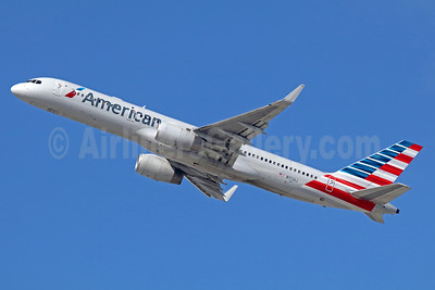 American Airlines Boeing 757-223 WL N172AJ (msn 32400) LAX (Michael B. Ing). Image: 935742.