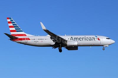 American Airlines Boeing 737-800 WL N306PB (msn 31257) SNA (Michael B. Ing). Image: 948466.