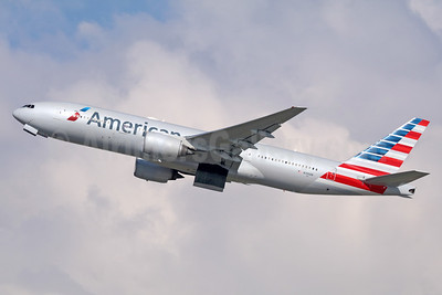 American Airlines Boeing 777-223 ER N765AN (msn 32879) LAX (Michael B. Ing). Image: 936839.