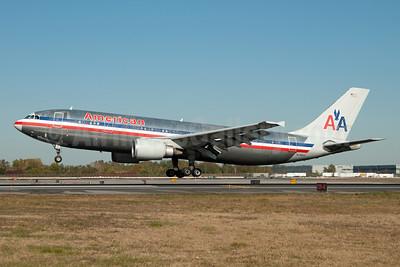 American Airlines Airbus A300B4-605R N7082A (msn 643) JFK (Fred Freketic). Image: 949792.