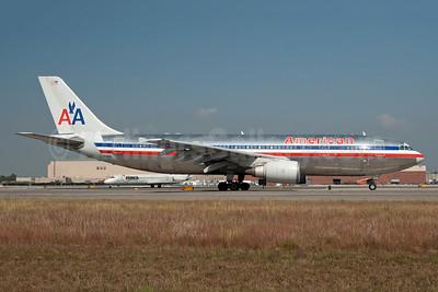 American Airlines Airbus A300B4-605R N19059 (msn 469) JFK (Fred Freketic). Image: 949788.