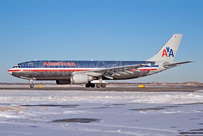 American Airlines Airbus A300B4-605R N90070 (msn 513) JFK (Fred Freketic). Image: 949795.