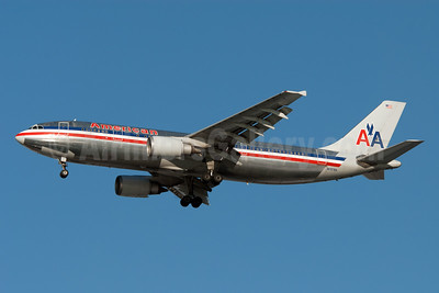 American Airlines Airbus A300B4-605R N7076A (msn 610) JFK (Fred Freketic). Image: 949791.