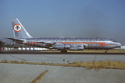 American Airlines Boeing 720-023B N7537A (msn 18023) (Astrojet) SFO (Jacques Guillem Collection). Image: 931988.