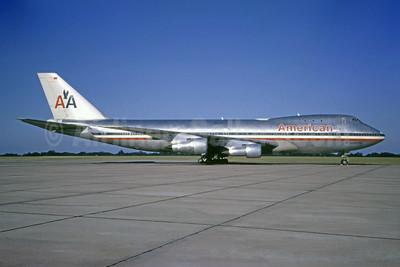 """""""747 LuxuryLiner"""" - delivered on November 27, 1970"""