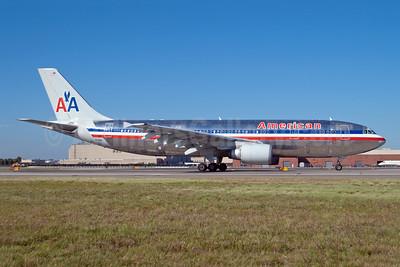 American Airlines Airbus A300B4-605R N14061 (msn 471) JFK (Fred Freketic). Image: 949786.