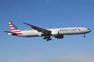 American Airlines Boeing 777-323 ER N726AN (msn 31550) MIA (Brian McDonough). Image: 934904.