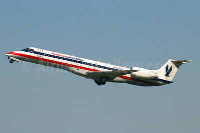 American Connection-Chautauqua Airlines Embraer ERJ 140LR (EMB-135KL) N372SK (msn 145538) ATL (Jay Selman). Image: 402062.