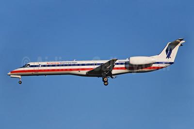 American Connection-Trans States Airlines Embraer ERJ 145LR (EMB-145LR) N811HK (msn 145256) CLT (Bruce Drum). Image: 100720.