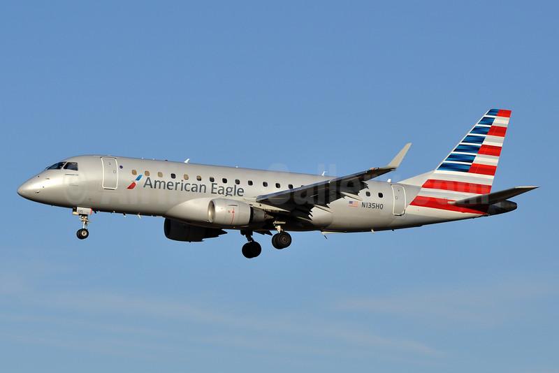 American Eagle Airlines (2nd)-Republic Airlines (2nd) Embraer ERJ 170-200LR (ERJ 175) N135HQ (msn 17000224) BWI (Tony Storck). Image: 927360.