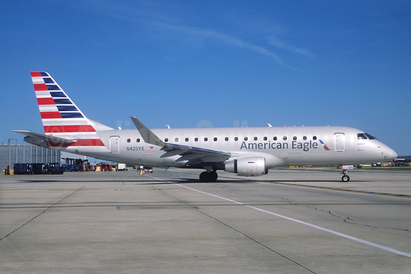American Eagle Airlines (2nd)-Republic Airlines (2nd) Embraer ERJ 170-200LR (ERJ 175) N425YX (msn 17000396) (Christian Volpati Collection). Image: 934679.