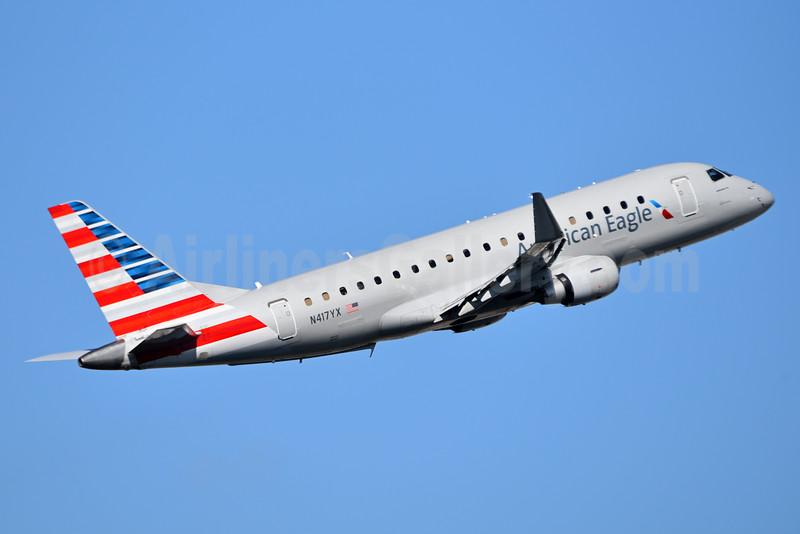 American Eagle Airlines (2nd)-Republic Airlines (2nd) Embraer ERJ 170-200LR (ERJ 175) N417YX (msn 17000382) MIA (Bruce Drum). Image: 104375.
