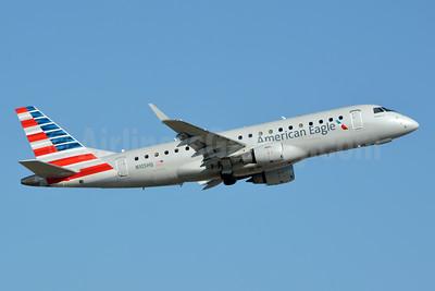 American Eagle Airlines (2nd)-Republic Airlines (2nd) Embraer ERJ 170-200LR (ERJ 175) N105HQ (msn 17000163) CLT (Jay Selman). Image: 403920.