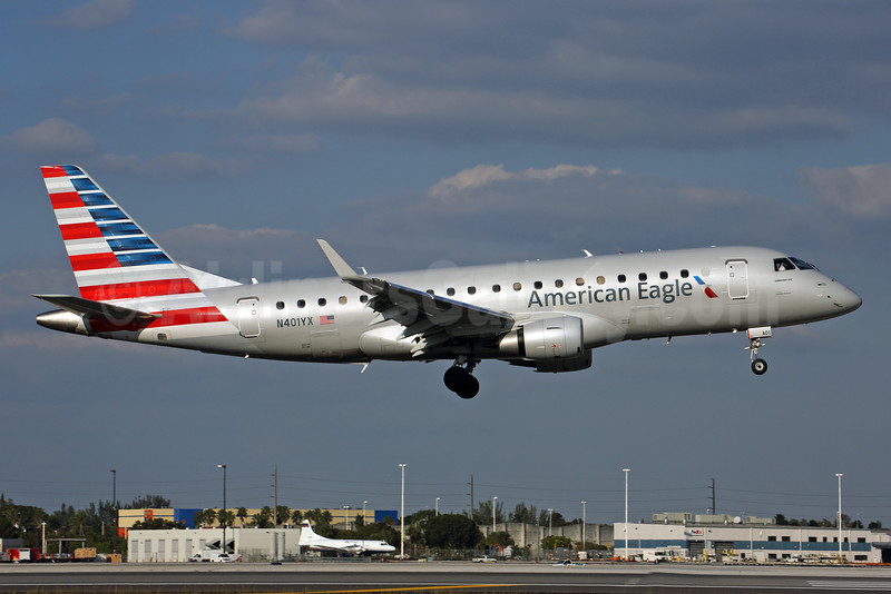 American Eagle Airlines (2nd)-Republic Airlines (2nd) Embraer ERJ 170-200LR (ERJ 175) N401YX (msn 17000363) MIA (Rob Finlayson). Image: 925821.