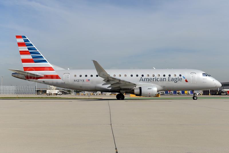 American Eagle Airlines (2nd)-Republic Airlines (2nd) Embraer ERJ 170-200LR (ERJ 175) N427YX (msn 17000402) ORD (Ton Jochems). Image: 925823.