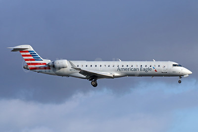 American Eagle Airlines (2nd)-SkyWest Airlines Bombardier CRJ700 (CL-600-2C10) N776SK (msn 10241) LAX (Michael B. Ing). Image: 942057.