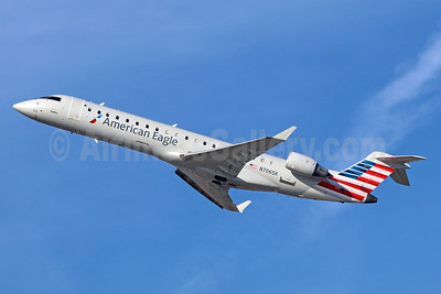 American Eagle Airlines (2nd)-SkyWest Airlines Bombardier CRJ700 (CL-600-2C10) N706SK (msn 10149) LAX (Michael B. Ing). Image: 936213.
