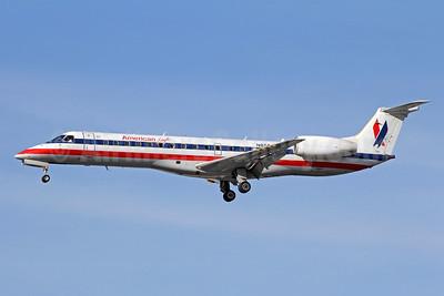 American Eagle Airlines (2nd) Embraer ERJ 140LR (EMB-135KL) N855AE (msn 145747) LAX (Michael B. Ing). Image: 910972.