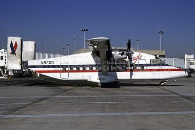 American Eagle (2nd)-Command Airways Shorts SD3-30 N53DD (msn SH.3044) PHL (Robert Drum). Image: 103796.