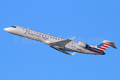 American Eagle (2nd)-Envoy Bombardier CRJ700 (CL-600-2C10) N511AE (msn 10107) LAX (Michael B. Ing). Image: 921328.