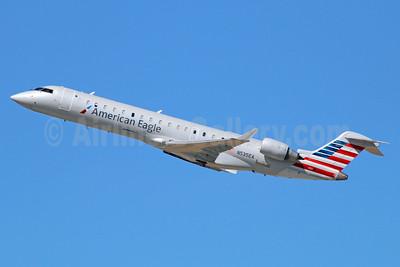 American Eagle (2nd)-Envoy Bombardier CRJ700 (CL-600-2C10) N535EA (msn 10313) LAX (Michael B. Ing). Image: 920150.