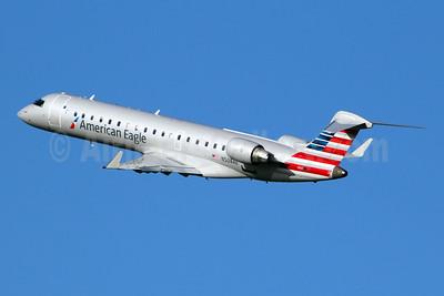 American Eagle (2nd)-Envoy Bombardier CRJ700 (CL-600-2C10) N508AE (msn 10072) DCA (Marcelo F. De Biasi). Image: 912071.