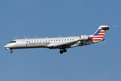 American Eagle (2nd)-Envoy Bombardier CRJ700 (CL-600-2C10) N508AE (msn 10072) DCA (Brian McDonough). Image: 912719.