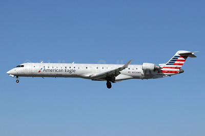 American Eagle Airlines (2nd)-Mesa Airlines Bombardier CRJ900 (CL-600-2D24) N326MS (msn 15124) LGB (Michael B. Ing). Image: 948471.