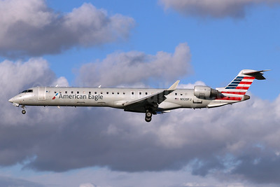 American Eagle Airlines (2nd)-Mesa Airlines Bombardier CRJ900 (CL-600-2D24) N920FJ (msn 15020) LGB (Michael B. Ing). Image: 948472.
