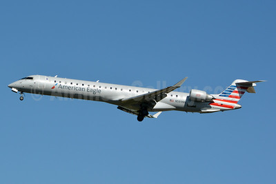 American Eagle (2nd)-PSA Airlines (2nd) Bombardier CRJ900 (CL-600-2D24) N589NN (msn 15392) CLT (Jay Selman). Image: 403070.