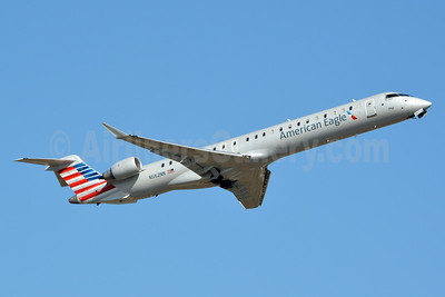 American Eagle (2nd)-PSA Airlines (2nd) Bombardier CRJ900 (CL-600-2D24) N562NN (msn 15347) CLT (Jay Selman). Image: 403059.