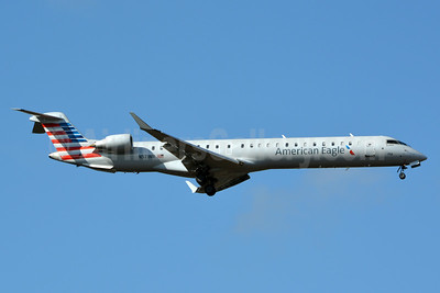 American Eagle (2nd)-PSA Airlines (2nd) Bombardier CRJ900 (CL-600-2D24) N571NN (msn 15360) CLT (Jay Selman). Image: 403062.