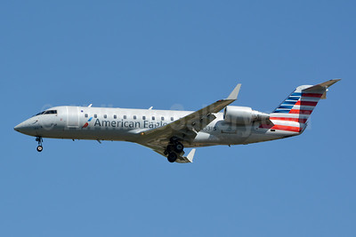 American Eagle (2nd)-PSA Airlines (2nd) Bombardier CRJ200 (CL-600-2B19) N253PS (msn 7934) CLT (Jay Selman). Image: 403751.
