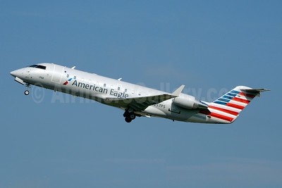 American Eagle (2nd)-PSA Airlines (2nd) Bombardier CRJ200 (CL-600-2B19) N257PS (msn 7939) CLT (Jay Selman). Image: 403753.