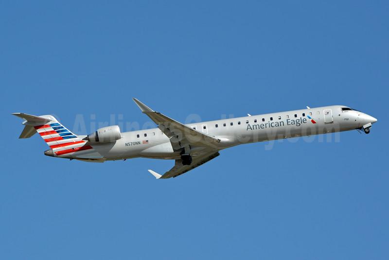 American Eagle (2nd)-PSA Airlines (2nd) Bombardier CRJ900 (CL-600-2D24) N570NN (msn 15357) CLT (Jay Selman). Image: 402835.