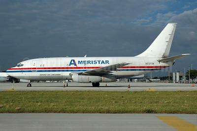 Ameristar Air Cargo Boeing 737-230C N737TW (msn 20257) MIA (Bruce Drum). Image: 100371.