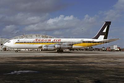 Arrow Air (2nd) Boeing 707-338C N707GB (msn 18808) (Singapore Airlines colors) MIA (Bruce Drum). Image: 102561.