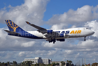 Atlas Air Boeing 747-47UF N499MC (msn 29260) MIA (Bruce Drum). Image: 104685.