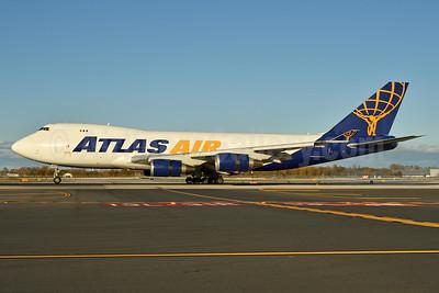 Atlas Air Boeing 747-47UF N497MC (msn 29258) JFK (Fred Freketic). Image: 935546.