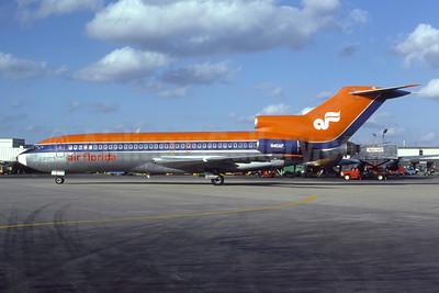 Air Florida (1st) Boeing 727-76 N40AF (msn 18741) MIA (Bruce Drum). Image: 105097.