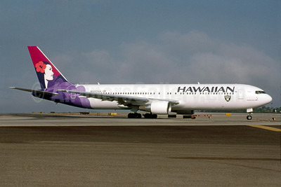 Hawaiian Airlines Boeing 767-33A ER N593HA (msn 33424) (Raiders) LAX (Roy Lock). Image: 922064.
