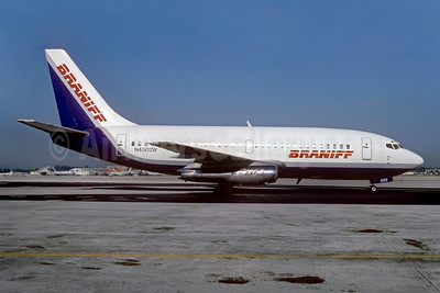 Braniff Airways (2nd) Boeing 737-247 N4502W (msn 19599) MIA (Bruce Drum). Image: 102576.