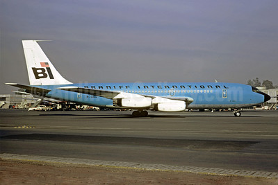 Braniff International Airways (1st) Boeing 720-027 N7080 (msn 18581) MEX (Christian Volpati). Image: 911061.