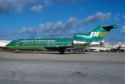 Braniff International Airways (1st) Boeing 727-27 N7294 (msn 19535) (Flying Colors-green) MIA (Bruce Drum). Image: 102311.